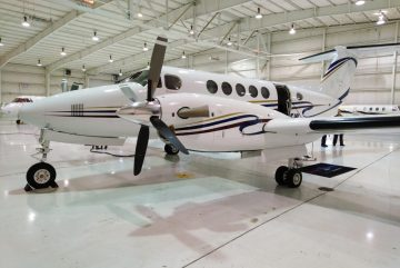 Private flights - King Air 200 Exterior View